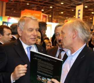 Salon du Livre 2014 : une inauguration par un Premier Ministre qui s'intéresse à la BD
