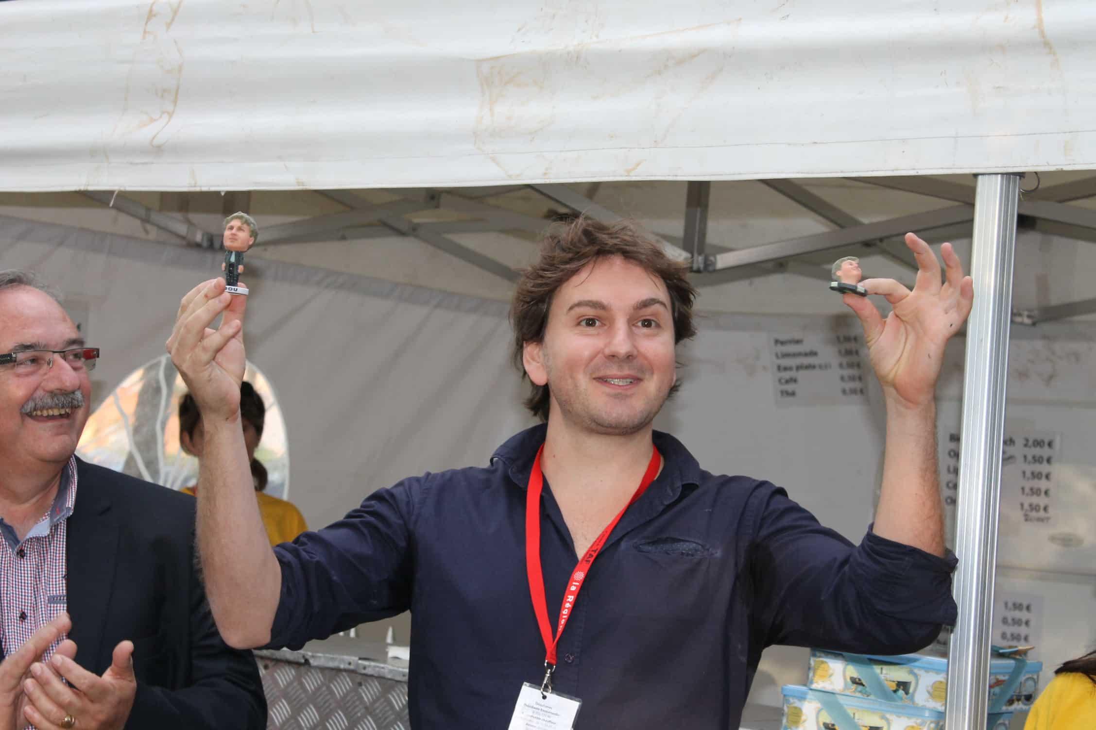 Claude Pelet (Sasmira) et Fenech avec les Cop's primés au festival de Fabrègues