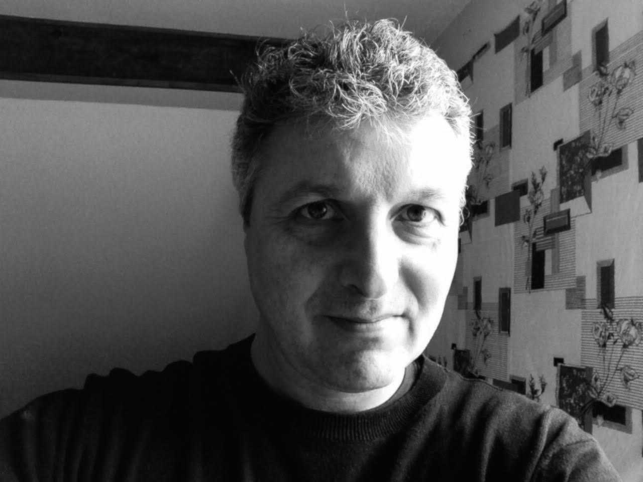 Doug Headline avec Max Cabanes adapte Nada de Manchette