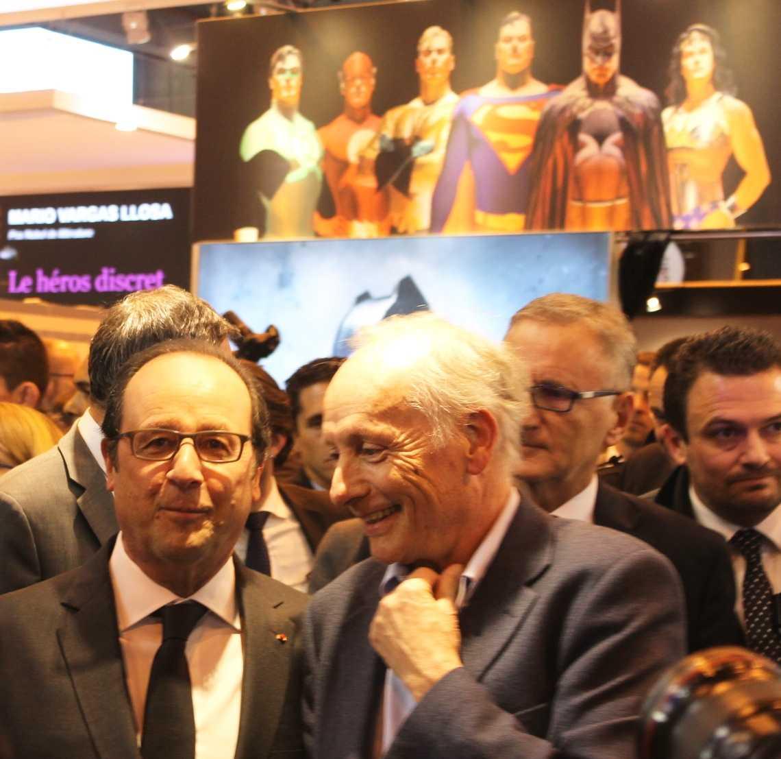 Livre de Paris : une inauguration par François Hollande sous le signe des super-héros