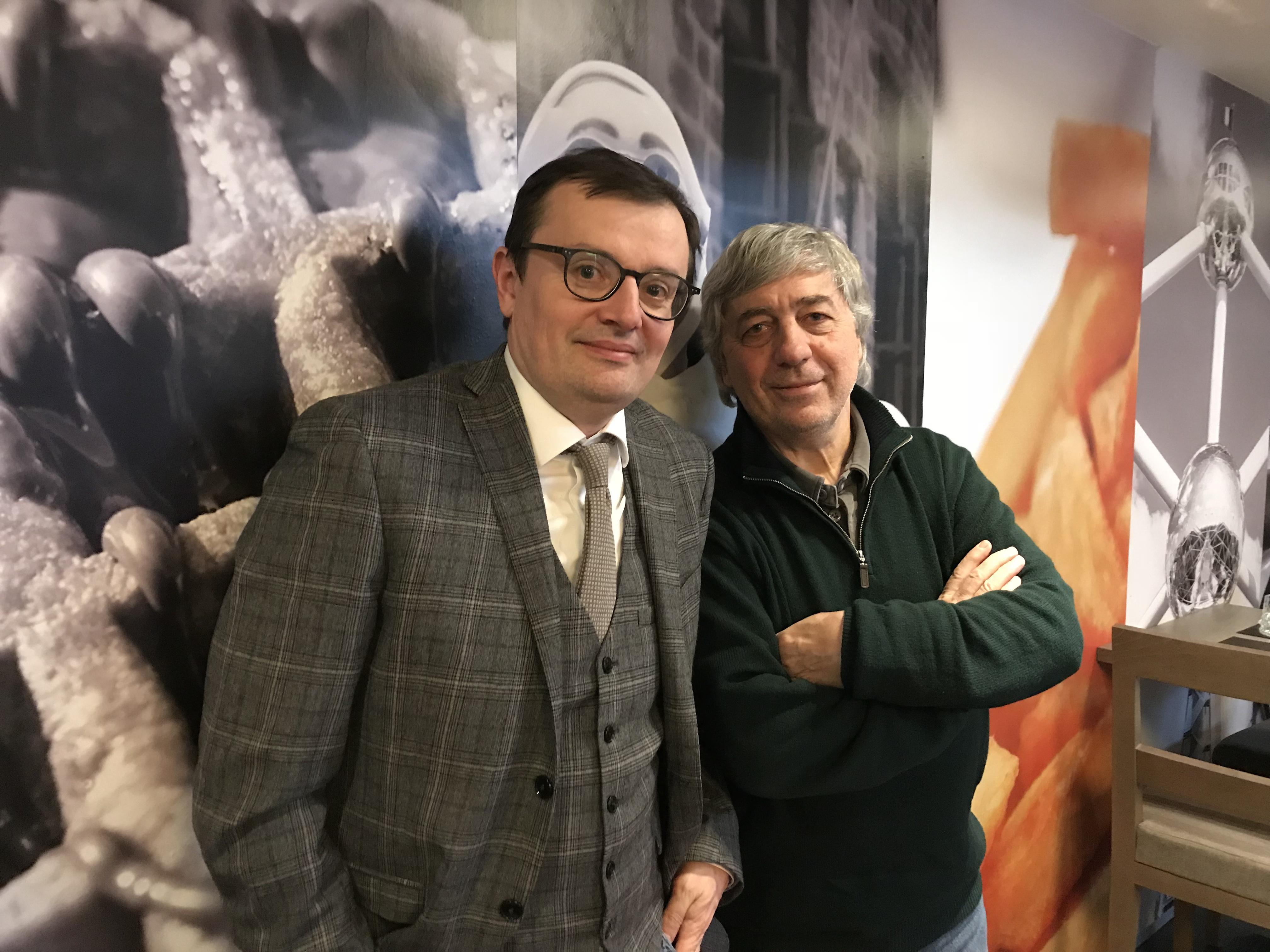 Sorj Chalandon et Sébastien Gnaedig chez Sauramps à Montpellier pour Profession du père le 21 avril