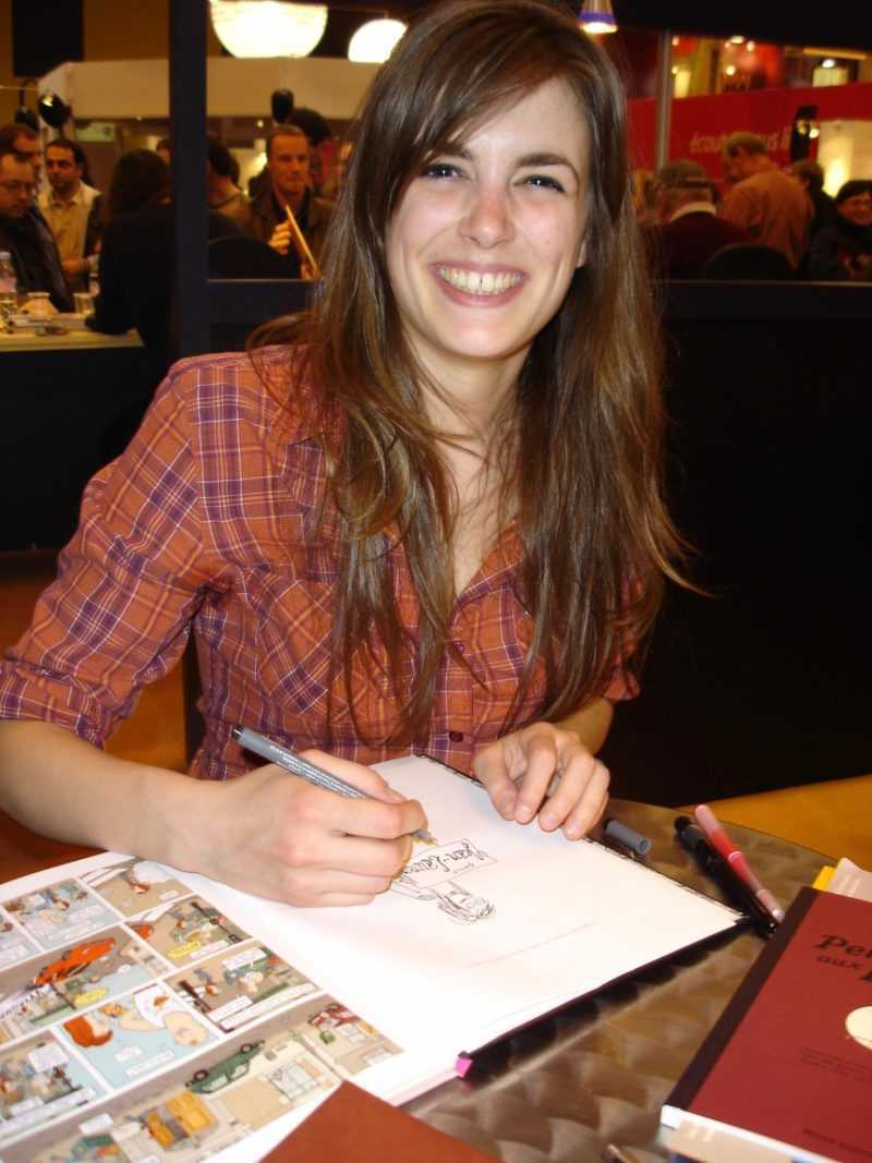 Anne Simon